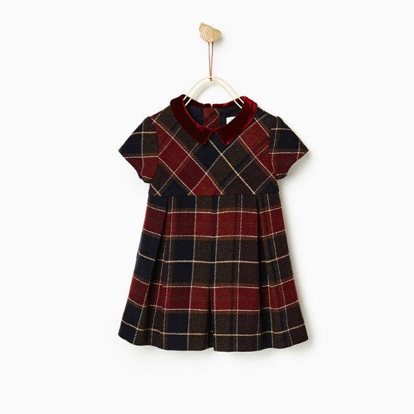 Vestido com gola de veludo (25,95€ Zara Kids)