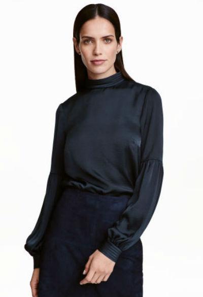 Blusa em cetim (14,99€)