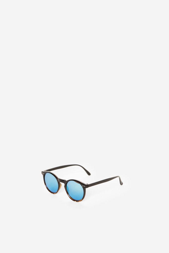 Óculos de sol, 12,99€, Springfield